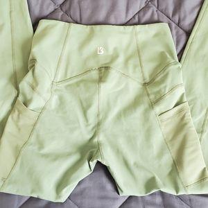 Buff Bunny green pocket leggings size S
